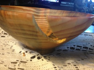 side view of my new yarn bowl